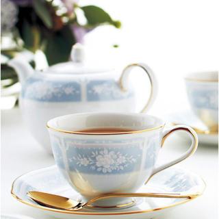 ノリタケ(Noritake)の新品✳︎ノリタケ レースウッドゴールド ティー コーヒー碗皿ペアカップ&ソーサー(食器)