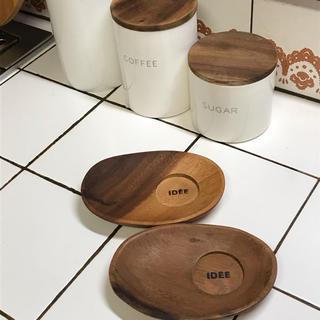 イデー(IDEE)のIDEE 木製コースタートレイ(テーブル用品)