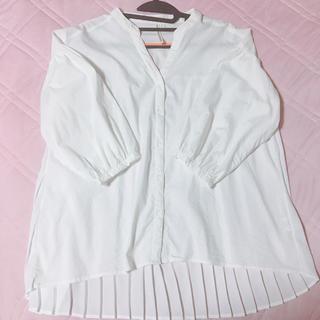 しまむら - 白シャツ バックプリーツ