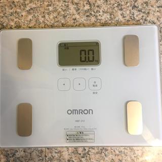 オムロン(OMRON)のオムロン体重体組成計 【中古品】(体重計/体脂肪計)