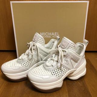 マイケルコース(Michael Kors)のマイケルコース ボリュームソールスニーカー 22.5~23cm ホワイト(スニーカー)