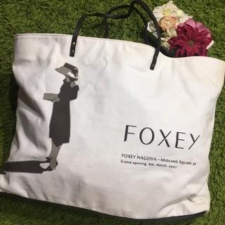 FOXEY - フォクシー レディキャンバスショルダーバッグ