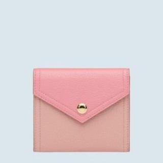 miumiu - ❤️【新品】miumiu ピンク マドラス バイカラー 三つ折り 財布
