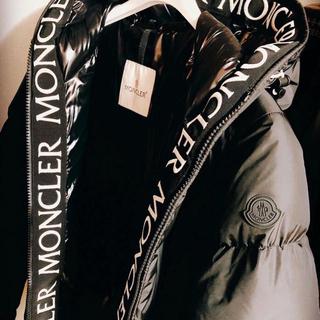 MONCLER - 定価22万円 超美品 確実正規品 サイズ3 MONCLER モンクラ 黒
