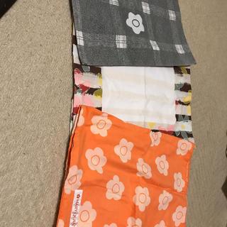 マリークワント(MARY QUANT)のマリークアント枕カバー3枚セット(シーツ/カバー)