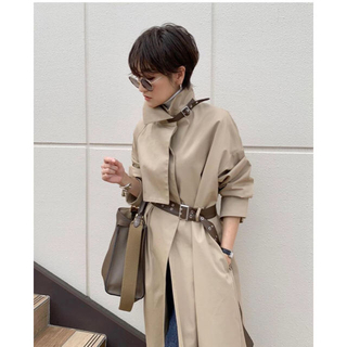 アメリヴィンテージ(Ameri VINTAGE)のASYMMETRY STAND COLLAR COAT Ameri (ロングコート)