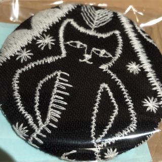 mina perhonen - 新品未開封 ミナペルホネン ブローチ サンキューベリーバッジ シンフォニー 猫