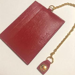 PRADA - PRADA プラダ♡サフィアーノ 定期入れ パスケース カード入れ 赤色 レッド