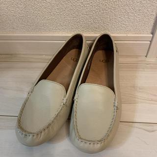 アグ(UGG)のUGG 23.5(ローファー/革靴)