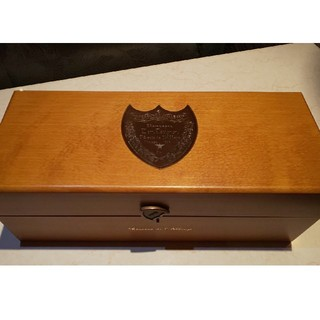 Dom Pérignon - ドン・ペリニヨン ゴールド 木箱 化粧箱