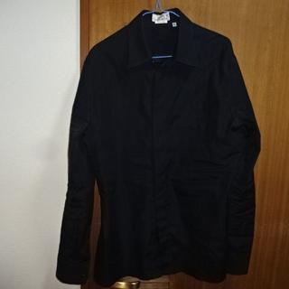 エルメス(Hermes)の正規品エルメス ジャポン 生地柄ブラック 長袖シャツ フランス製 セリエボタン(シャツ)