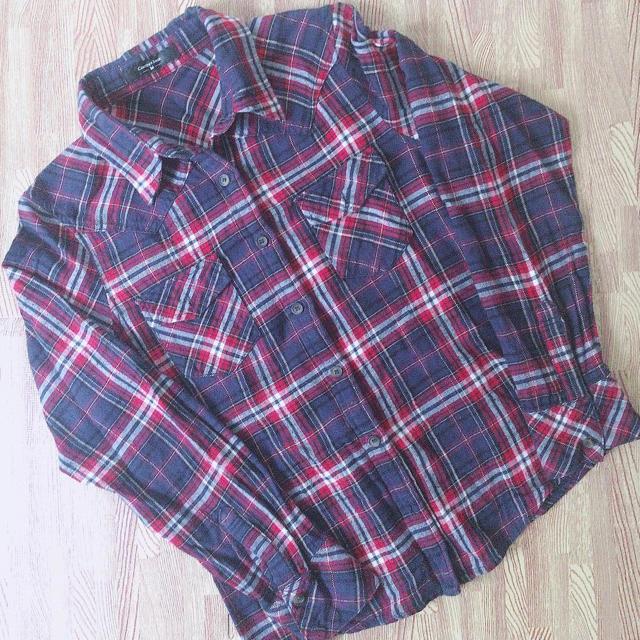 HONEYS(ハニーズ)のチェックシャツ  レディースのトップス(シャツ/ブラウス(長袖/七分))の商品写真
