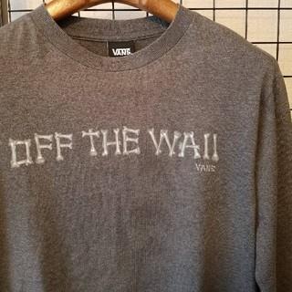 ヴァンズ(VANS)のVANS OFF THE WALL BORN/骨モチーフ ロゴ入り長袖カットソー(Tシャツ/カットソー(七分/長袖))