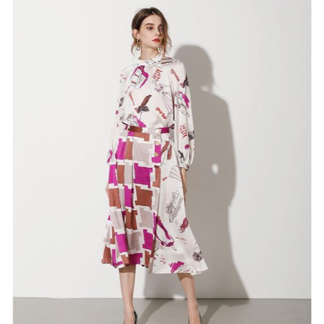 GRACE CONTINENTAL(グレースコンチネンタル)の今期新品タグ付き!グレースクラスのプリントコンビスカート レディースのスカート(ロングスカート)の商品写真