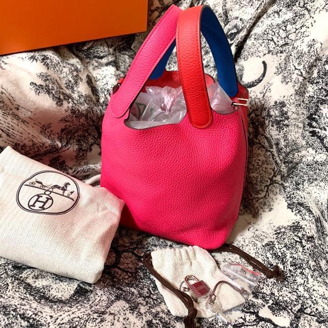 Hermes(エルメス)の新品 秋冬新作 エルメス ピコタンロック PM 18 バッグ HERMES レディースのバッグ(ハンドバッグ)の商品写真