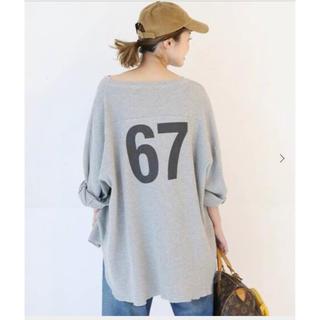 DEUXIEME CLASSE - DeuxiemeClasse CALUX『FOOT BALL Tシャツ』