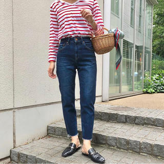 Spick and Span - 【美品】red card madeline 23