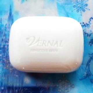 ヴァーナル(VERNAL)のヴァーナル センシィティブザイフ ミニソープ 30g(洗顔料)