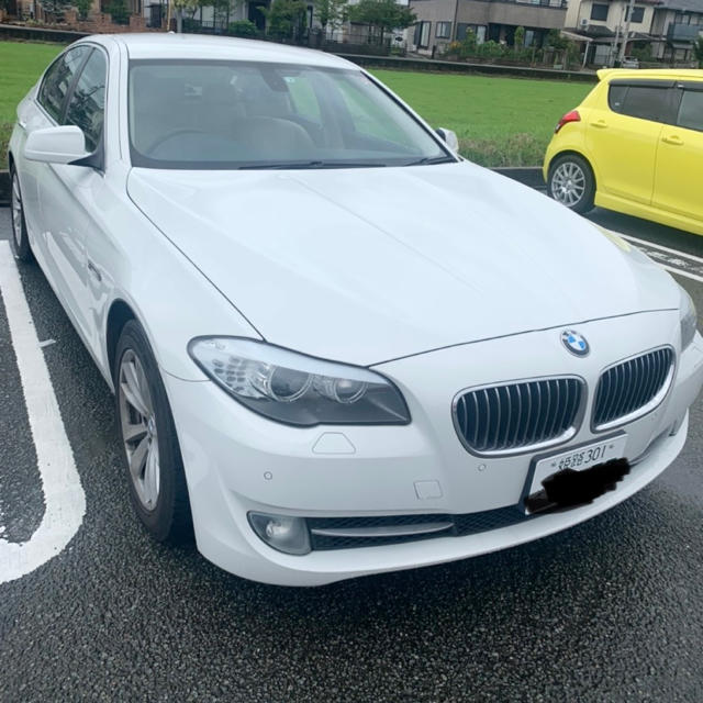 BMW(ビーエムダブリュー)のBMW 523i  車検あり 自動車/バイクの自動車(車体)の商品写真