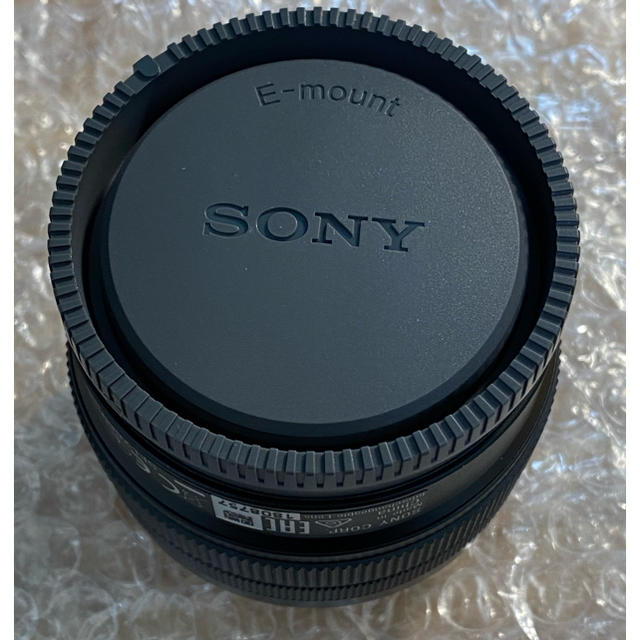 SONY(ソニー)のSONY FE28-60mm F4-5.6 SEL2860 スマホ/家電/カメラのカメラ(レンズ(ズーム))の商品写真
