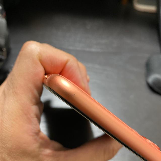 Apple(アップル)のiPhone XR 256GB コーラル 動作確認済み スマホ/家電/カメラのスマートフォン/携帯電話(スマートフォン本体)の商品写真