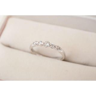 Pt900 5P ダイヤモンド 合計0.30ct リング 指輪 約11号 (リング(指輪))