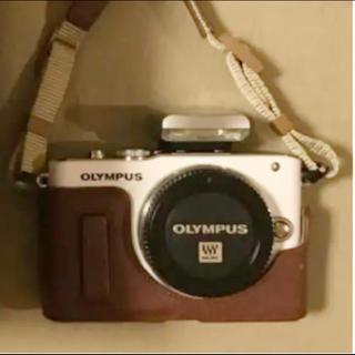 OLYMPUS - OLYMPUS 本革ショルダーストラップ ボディージャケット 2点セット