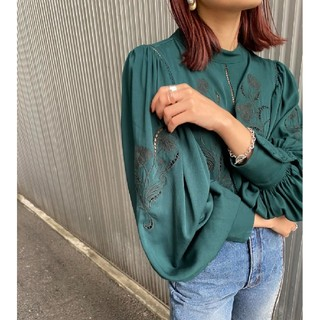 Ameri VINTAGE - 新品タグ付き アメリヴィンテージ  刺繍ブラウス