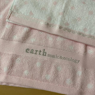 アースミュージックアンドエコロジー(earth music & ecology)のearth music&ecology  タオル2点セット(タオル/バス用品)