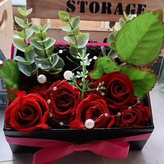 ~真っ赤な薔薇のプリザーブドフラワーと林檎~(プリザーブドフラワー)