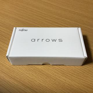 フジツウ(富士通)のarrows RX ブラック(スマートフォン本体)
