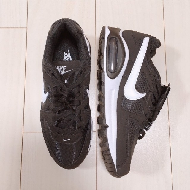 NIKE(ナイキ)の新品未使用♡NIKEナイキエアマックスコマンド24 レディースの靴/シューズ(スニーカー)の商品写真