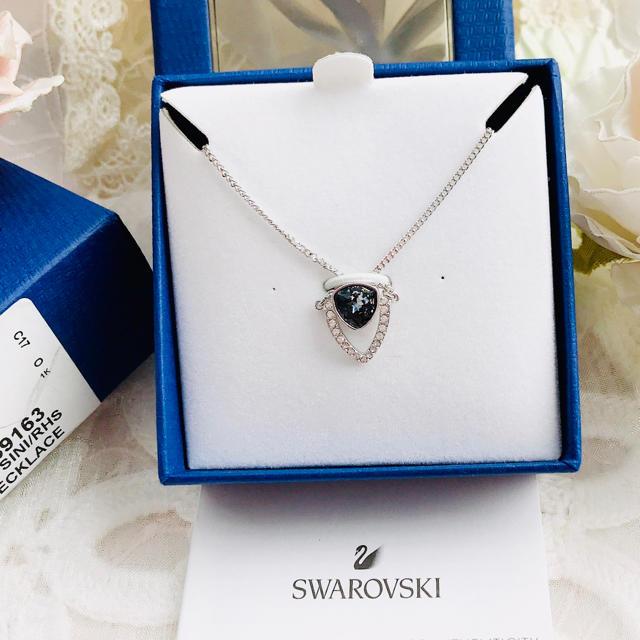 SWAROVSKI(スワロフスキー)のスワロフスキー ネックレス 正規品 スワロフスキー ペンダント 正規品 レディースのアクセサリー(ネックレス)の商品写真