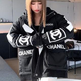 CHANEL - ダウンジャケット