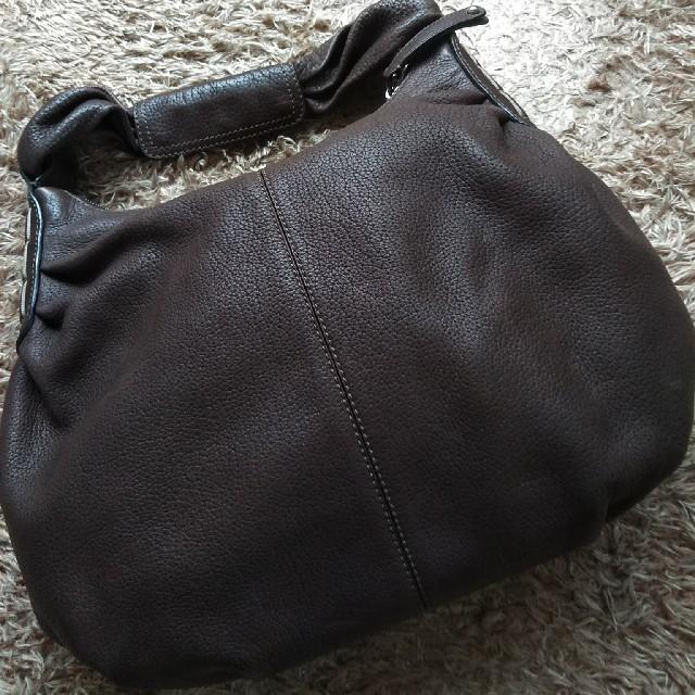 TOD'S(トッズ)のTOD'S ワンショル ショルダーバッグ  レザー  美品  トッズ 焦茶 レディースのバッグ(ショルダーバッグ)の商品写真