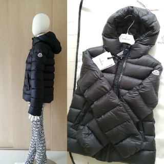 MONCLER - 御専用
