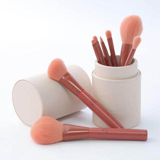スリーシーイー(3ce)の可愛いメイクブラシセット 8本 ケース付き化粧 セット 初心者 高級繊維毛(コフレ/メイクアップセット)