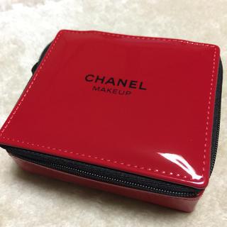 CHANEL - CHANEL ポーチ/ノベルティ 赤色