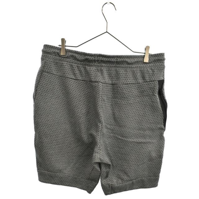 NIKE(ナイキ)のNIKE ナイキ ショートパンツ メンズのパンツ(ショートパンツ)の商品写真