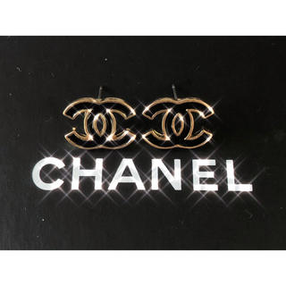 CHANEL - 月末まで値下げ✨CHANEL PIERCE BLACK × GOLD