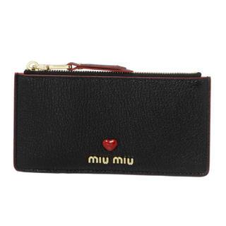 miumiu - ❤️【新品】ミュウミュウ miumiu マドラス レザー ポーチ ブラック 財布