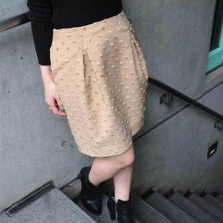 デイシー(deicy)のドットジャガードタックスカート(ひざ丈スカート)