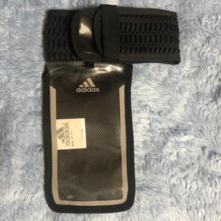adidas - アディダスランニングアームポーチ