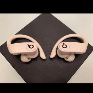 ビーツバイドクタードレ(Beats by Dr Dre)の「美品」PowerBeats Pro アイボリー(ヘッドフォン/イヤフォン)