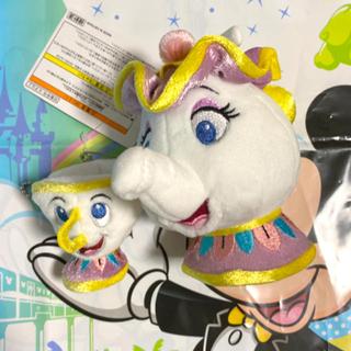 【新品】ディズニー ポット夫人&チップ ぬいぐるみバッジ/美女と野獣 ☆新作☆