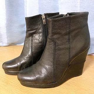 ラボキゴシワークス(RABOKIGOSHI works)のラボキゴシワークス ブラック ショートブーツ(ブーツ)