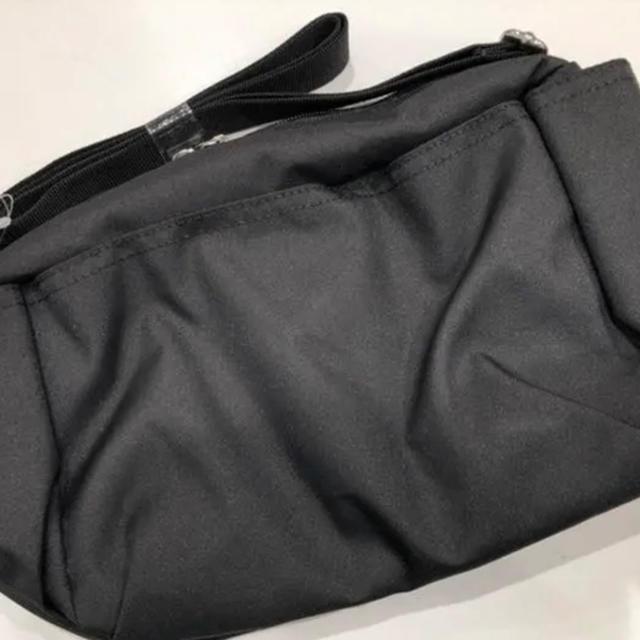 GU(ジーユー)のGU 10ポケットショルダーバッグ メンズのバッグ(ショルダーバッグ)の商品写真