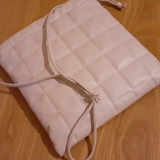 ローリーズファーム(LOWRYS FARM)のキルティング巾着bag(ショルダーバッグ)