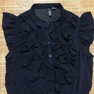 H&M - 美品 H&M フリルシアーブラウス ブラック