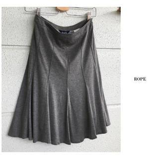 ROPE - ロペ ひざ丈 とろみ ジャージー フレア スカート 日本製 仕事 通勤
